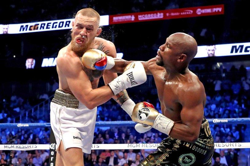 """Mafia irlandeză a pus o recompensă imensă pe capul lui Conor McGregor! Mayweather îl avertizează: """"Eu te-am nenorocit în 2017, ei vor avea grijă de tine în 2018"""""""