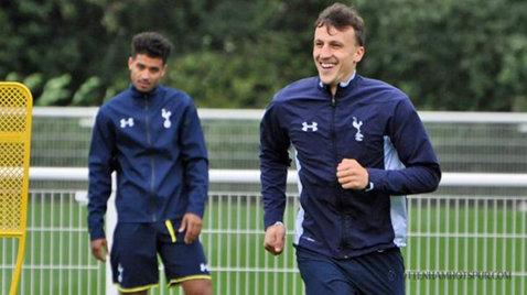 Chiricheş a revenit pe teren pentru Tottenham: românul a fost titular în meciul cu AEL Limassol şi a dat o pasă de gol. Reacţia fanilor englezi