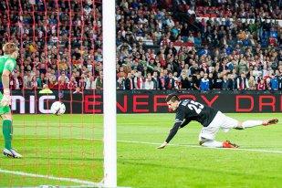 Cel mai nebun meci al serii în Europa League: Feyenoord conducea cu 3-0 în minutul 56, dar Zorya a reuşit să egaleze. Olandezii au obţinut calificarea în minutul 92