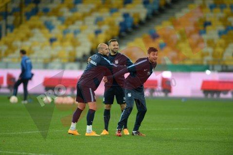 FOTO | Tănase a revenit la antrenamente, Rusescu a resimţit uşoare dureri la umăr