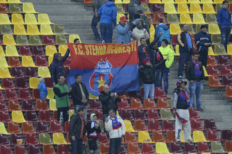 ANALIZĂ   Marca e acum la Armată, media de spectatori e în picaj. De la 46.330 fani, la doar 7.500: cum a scăzut dramatic asistenţa Stelei în Europa