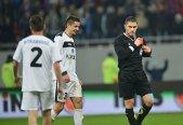 Istvan Kovacs şi Marius Avram vor arbitra partide din Liga Europa