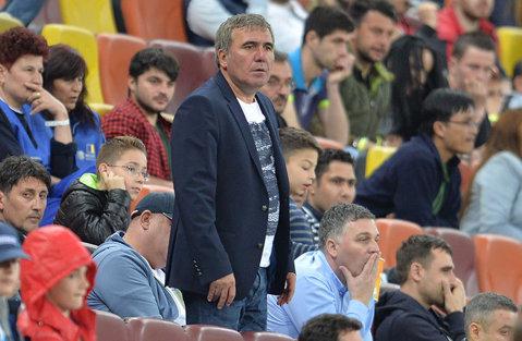 """""""Scorul nu este prea dur. Pentru noi e un test foarte bun"""". Reacţia lui Gică Hagi după debutul trist în competiţiile europene. """"Regele"""" a găsit puterea de a glumi la finalul meciului cu Gent"""