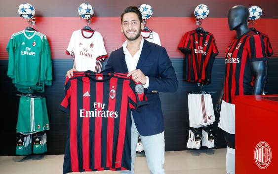 """""""Sunt fericit că voi lucra cu Lucescu!"""" Starul lui Milan care salută numirea lui """"Il Luce"""" la naţionala Turciei"""