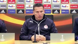 """Antrenorul lui Hapoel acceptă cu greu înfrângerea. Reacţia """"de orgoliu"""" a lui Barak Bakhar şi fotbalistul de la FCSB pe care l-a remarcat: """"El mi-a plăcut cel mai mult!"""""""