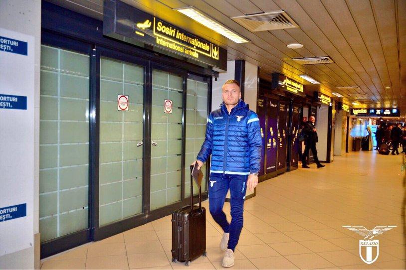 Lazio a ajuns la Bucureşti! FOTO | Mesajul transmis de italieni la aterizarea pe Henri Coandă