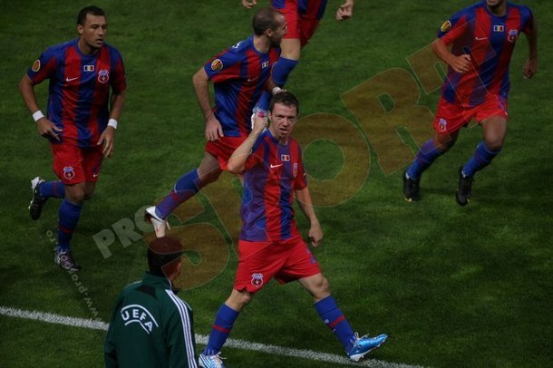 După 382 de zile! Steaua nu mai înscrisese 3 goluri într-o repriză din septembrie 2009!