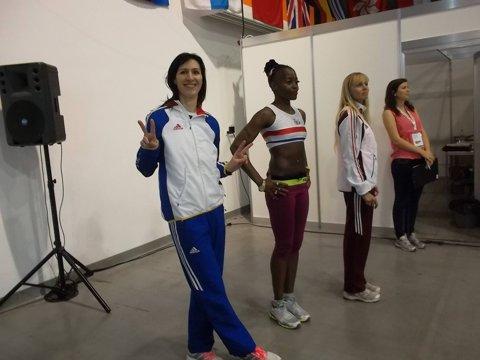 Oana Pantelimon (42 de ani), record mondial de veterani la săritura în înălţime. Cu rezultatul obţinut, stelista ar fi luat bronz la Naţionalele de seniori