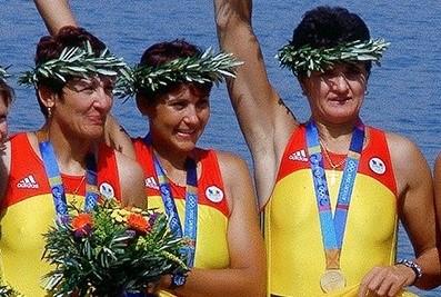 """Campioanele de la canotaj fac scut în jurul Elisabetei Lipă: """"Noi o cunoaştem cel mai bine, pentru că am fost şi suntem o echipă"""""""
