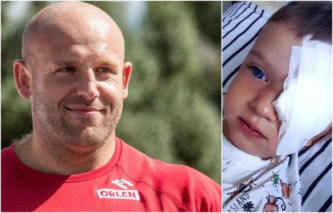 """El e eroul olimpic. Şi-a vândut medalia de argint de la Rio pentru a ajuta un copil cu tumoră malignă oculară. """"Acum, medalia valorează cât sănătatea micului Olek"""""""