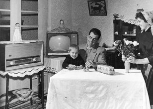 Mediafax ZOOM: Înainte şi după '89