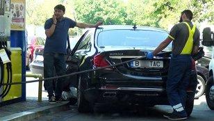 Cati litri de benzina a bagat Lutu in Maybach-ul lui Gigi Becali. Imagini realizate la o benzinarie din Dorobanti. FOTO