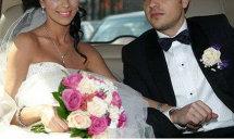 DIVORŢ total neaşteptat în România! Incredibil pentru cine l-a părăsit pe soţ una dintre cele sexy vedete din showbiz