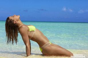 VIDEO&FOTO | Eugenie Bouchard, pictorial sexy pentru Sports Illustrated. Tenismena a renunţat la inibiţii