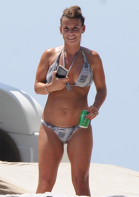 http://storage0.dms.mpinteractiv.ro/media/401/581/26526/16722549/1/coleen-rooney.png