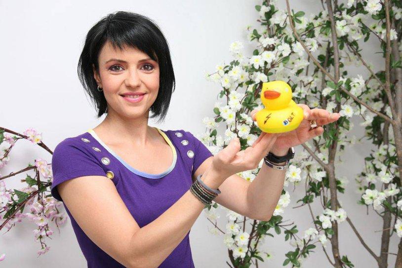 Ce transformare! FOTO | Cum arată acum Raluca Arvat, prima femeie care a prezentat un jurnal de ştiri sportive la o televiziune comercială din România