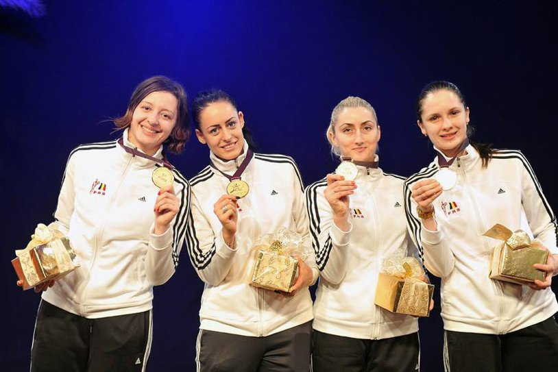GALERIE FOTO: România a câştigat aurul la Cupa Mondială la spadă fete de la Doha! Am învins China în finală cu 19-18!