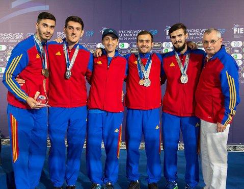 România a ajuns la 85 de sportivi calificaţi la Jocurile Olimpice, dar bate deja spre 100! Delegaţia olimpică are însă o şansă în minus la podium. Cine a câştigat o medalie, după ce a ajuns mai devreme la Rio