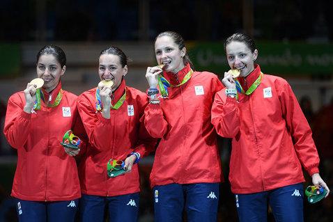 Momentele de la Rio, retrăite de Simona Gherman şi Loredana Dinu. Ce urmează pentru fetele de aur de la spadă