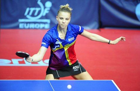 Rezultate mari la Campionatul Mondial de juniori! Adina Diaconu a cucerit bronzul la simplu şi medalia de aur de la dublu