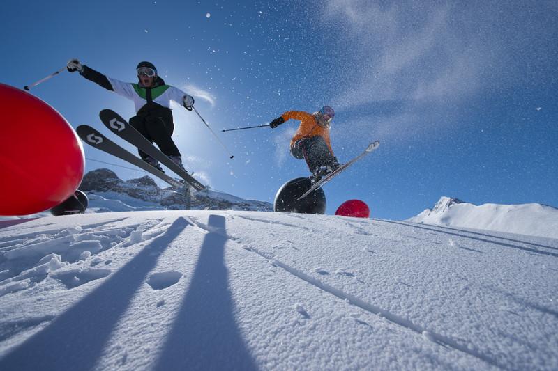 TIMP LIBER | Ischgl, senzaţii tari cu placa de snowboard în aer