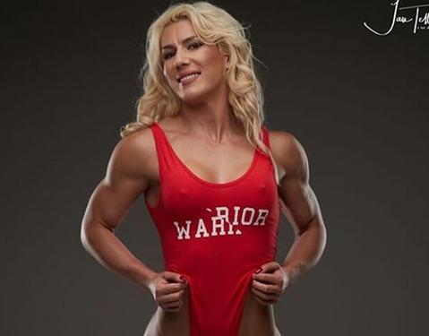 FOTO | Imagini incredibile cu cea mai sexy antrenoare de fitness din România. A devenit cunoscută în toată lumea după ultima apariţie