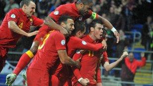 La trei paşi de istorie. Ţara Galilor aproape de revenirea la un turneu final după 57 de ani de absenţă. Gareth Bale poate sparge ghinionul care l-a urmărit toată cariera pe Ryan Giggs