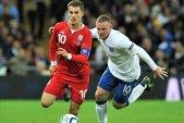 Euro 2016 le poate aduce britanicilor jumătate de zi liberă, pentru a putea urmări meciul Anglia - Ţara Galilor! Propunerea, greu de aplicat şi în România :)