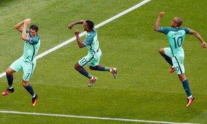 Mai mult decât agonie, mai mult decât extaz! Ungaria - Portugalia 3-3, Islanda - Austria 2-1. IREAL: Traustason a înscris în minutul 90+4 şi a trimis Portugalia pe locul 3! Clasamentul final al Grupei F