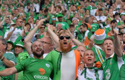 Fanii irlandezi, premiaţi de primarul oraşului Paris pentru comportamentul exemplar