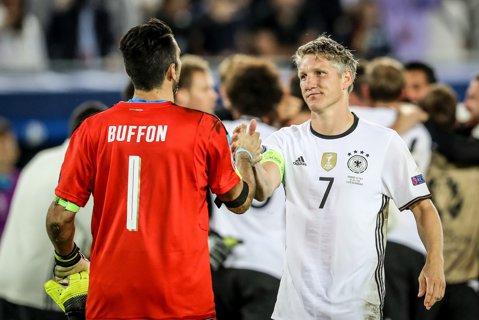 Asta înseamnă CLASĂ! SCRISOAREA căpitanului Schweinsteiger după eliminarea Germaniei de la Euro 2016 şi reacţia fair-play la adresa Franţei