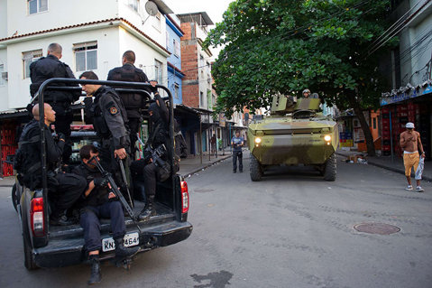 Poliţia din Brazilia a neutralizat un grup susţinător al Statului Islamic: a 12-a persoană, arestată