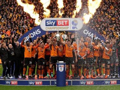 Cluburile din ligile inferioare din Anglia se îmbogăţesc. Au fost vândute drepturile de televizare pentru următorii 5 ani.