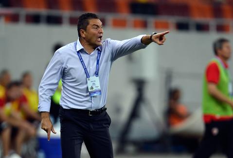 """""""Mai bine stăm acasă decât să ne prezentăm aşa şi la meciul cu Steaua!"""" Ilie Stan a tunat şi a fulegerat după înfrângerea cu ACS Poli"""