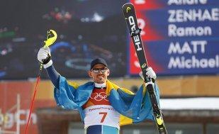 Recompensa poate veni şi mai târziu! Suedezul Andre Myhrer a câştigat la 35 de ani titlul olimpic la schi alpin în proba de slalom, după 15 sezoane petrecute în Cupa Mondială. Lindsey Vonn, abandon la combinata alpină
