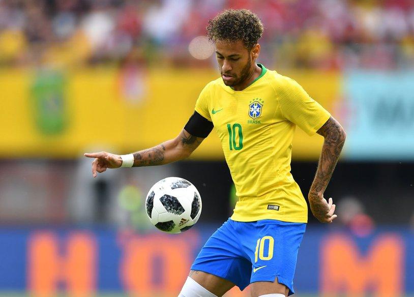 Brazilia a făcut spectacol în ultimul amical înainte de Mondial. Neymar a marcat şi a oferit faza meciului, cu arbitrul de rezervă | VIDEO