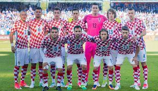 """Una dintre vedetele Croaţiei a fost trimisă acasă! UPDATE: Explicaţiile oficiale ale selecţionerului: """"L-am scos la încălzire şi mi-a spus asta. Nu e prima dată!"""""""