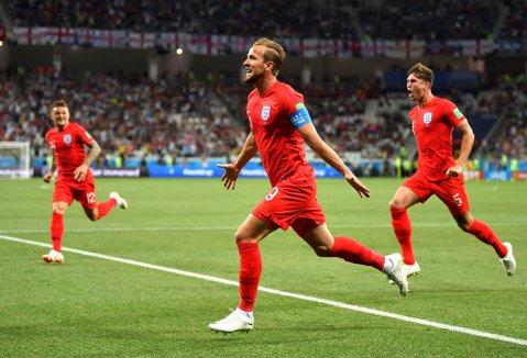 """Salvaţi de """"Uragan""""! Anglia a câştigat în prelungiri meciul de debut de la Cupa Mondială, cu Tunisia, graţie lui Harry Kane. Cronica partidei"""