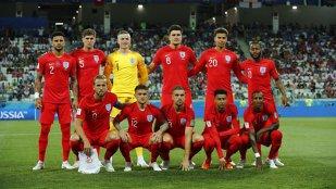 """Un fost mare fotbalist englez a """"explodat"""" în timpul meciului cu Tunisia. Siderat, a intrat pe twitter şi şi-a vărsat nervii: """"Ce mama dracului!?"""""""