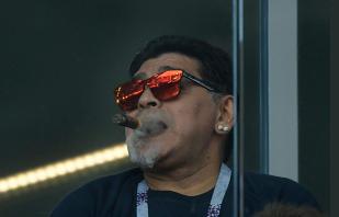 """""""Cu durere în inimă vă spun că nu poate rezista"""". Schimbarea cerută """"de urgenţă"""" de Diego Maradona în echipa Argentinei"""
