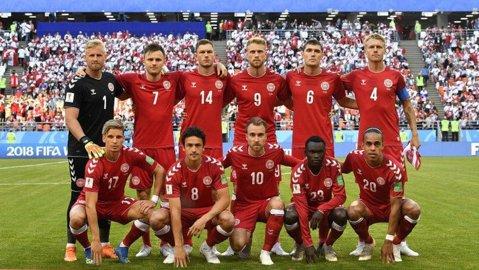 Gest superb al jucătorilor Danemarcei pentru fundaşul Jonas Knudsen | FOTO