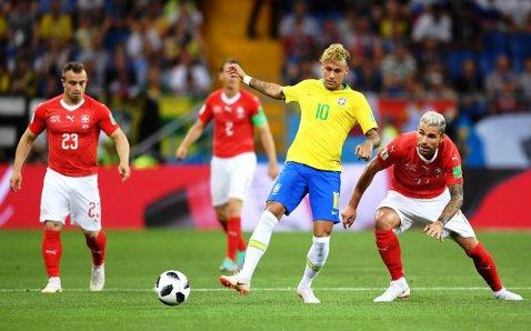 """Selecţionerul Braziliei, răspuns tăios în cazul lui Neymar: """"Nu sacrificăm pe nimeni! Sănătatea fotbaliştilor e lucrul cel mai important"""""""