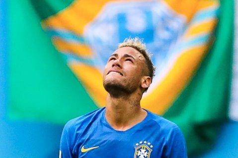 Neymar a intrat în istoria Cupei Mondiale cu cel mai târziu gol înscris în timpul regulamentar al unei partide. Brazilianul a schimbat tabela cu Costa Rica în minutul 97