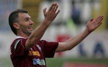 Unul dintre cei mai iubiţi jucători români a suferit un atac cerebral la doar 42 de ani. Vom reveni cu amănunte
