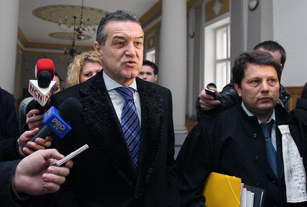 Gigi Becali, audiat din nou de DNA! Patronul Stelei a vorbit despre transferul lui Mihai Costea de la Craiova la Steaua