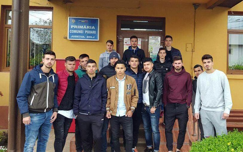 """Se întâmplă în fotbalul românesc: jucătorilor li s-a interzis să se mai antreneze, primarul fuge de ei. Încă un club e gata de desfiinţare: """"Ni s-a transmis că retrag echipa din campionat"""""""