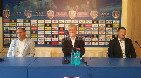"""Dinu Gheorghe a revenit în fotbal şi are planuri serioase: """"Am venit aici pentru că ştiam ce înseamnă acest club. Poate doar Steaua şi CFR Cluj au asemenea condiţii"""""""