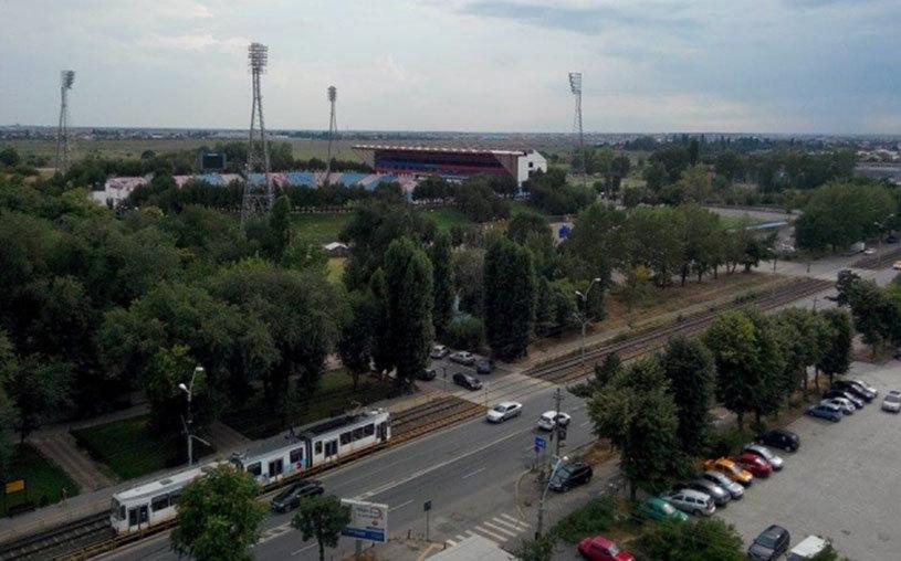 Primul stadion din Bucureşti care a fost predat către Compania Naţională de Investiţii. În primăvară începe demolarea. Când va fi gata