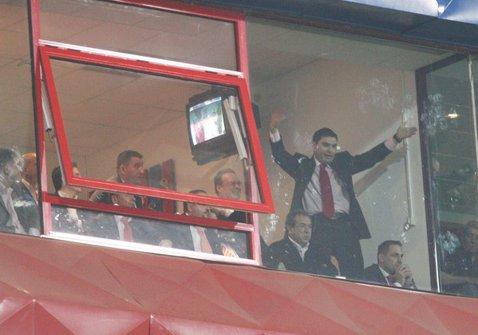 """Răsună din nou """"Shakira"""" în difuzoare? FOTO   Imagini de colecţie cu Cristi Borcea din primul său mandat la Dinamo"""