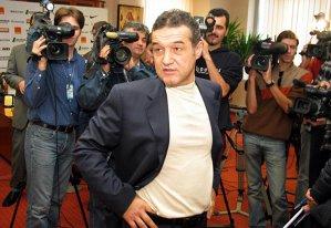 """Cristian Scutariu, despre serialul momentului în România: """"XOXO, Gossip Gigi! Intrigi de Voluntari - S15E01"""""""